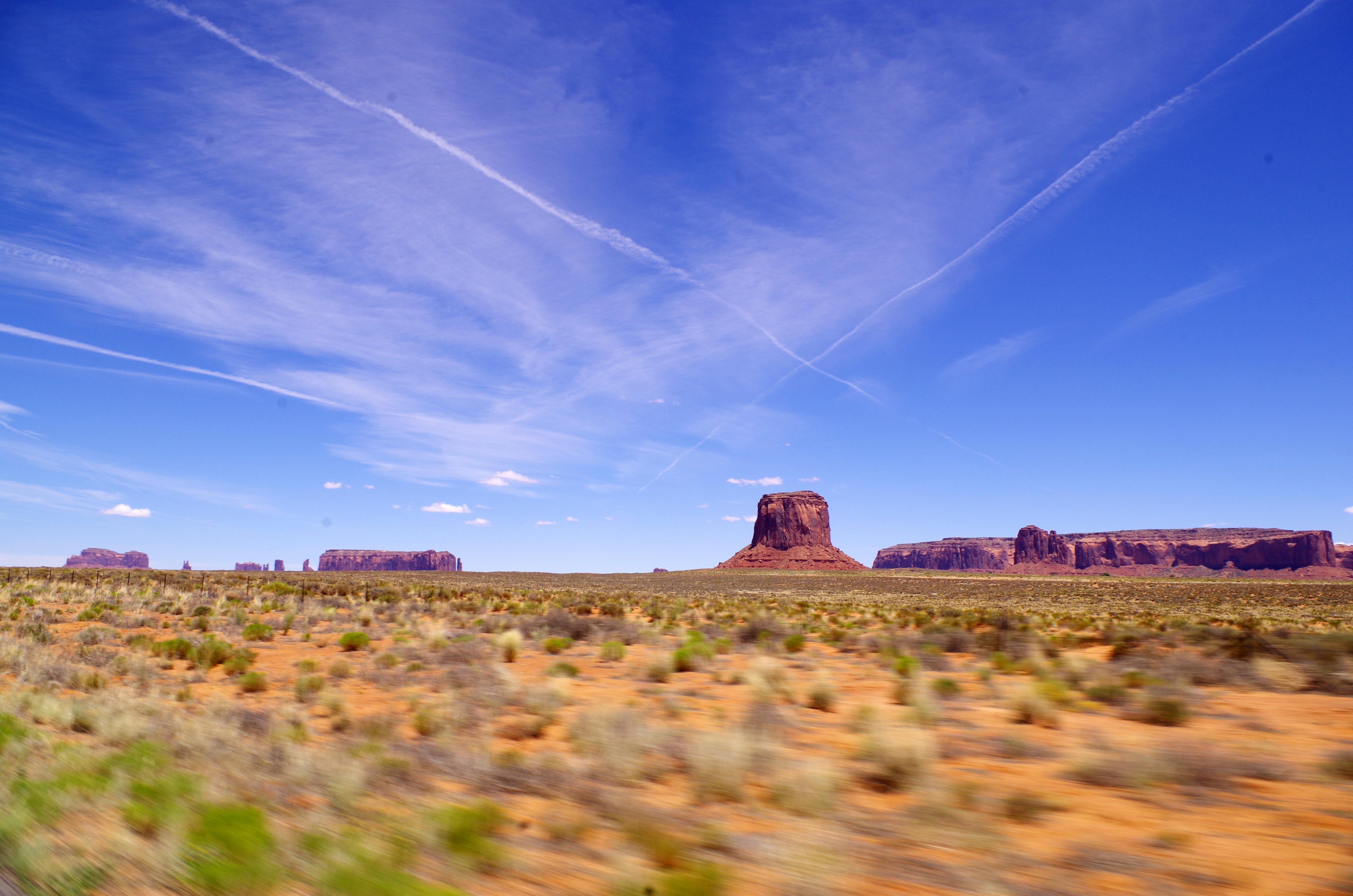 Auf dem Weg zum Monument Valley solltet ihr oft genug für diese einzigartige Natur anhalten und Fotos machen
