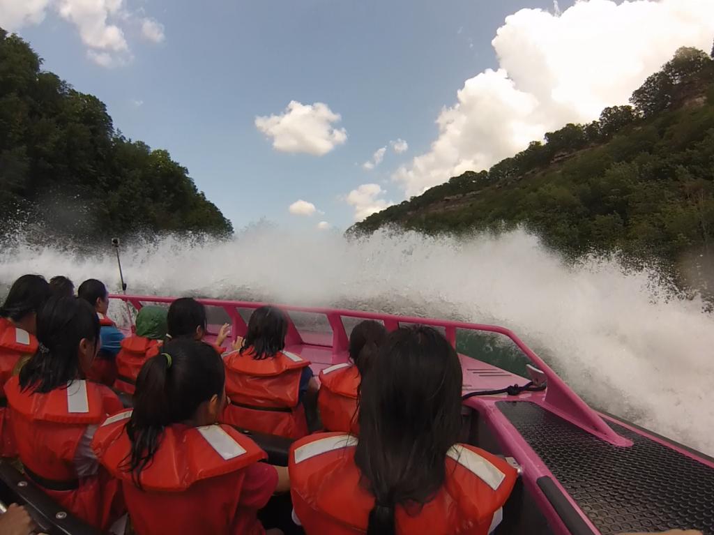 fun around Whirlpool Jet Boat Tours